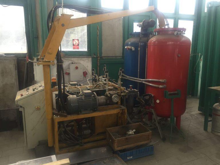 GH 10 PUR magasnyomású habosítógép